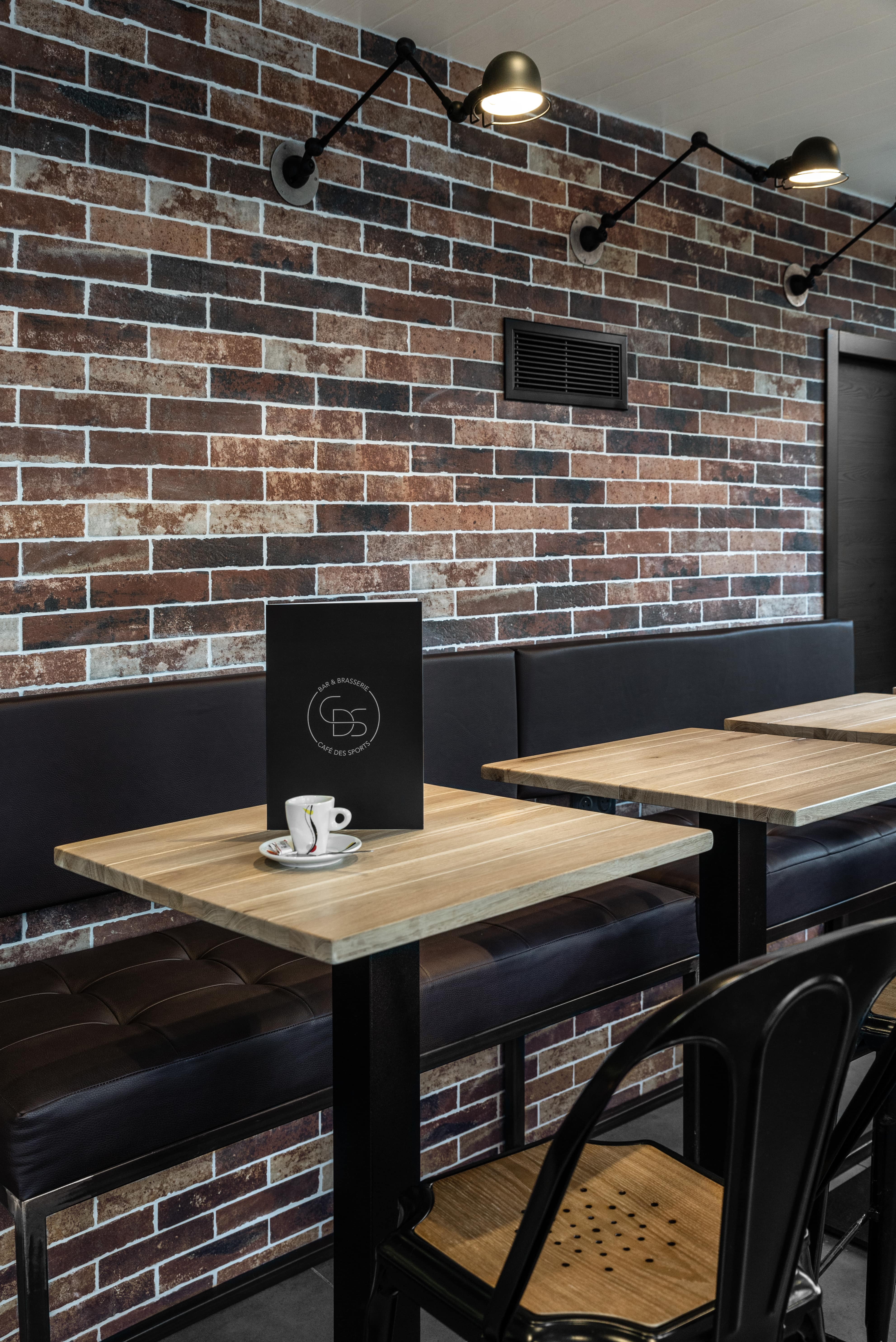 robi design metallique Annecy Cafe des sports Rumilly Le Mesle Photographe-CDS_ESKIS_03-min