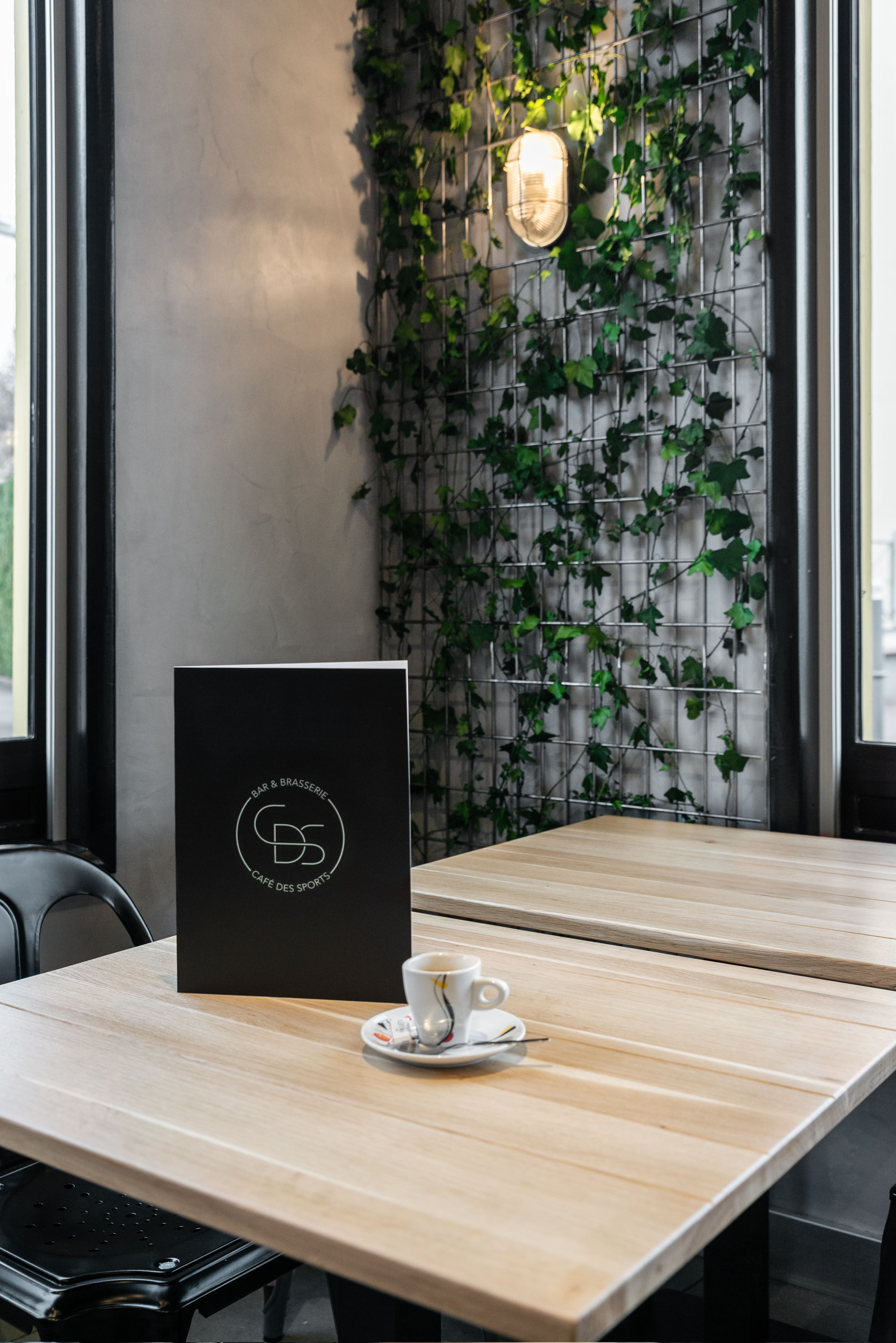 robi design metallique Annecy Cafe des sports Rumilly Le Mesle Photographe-CDS_ESKIS_04-min