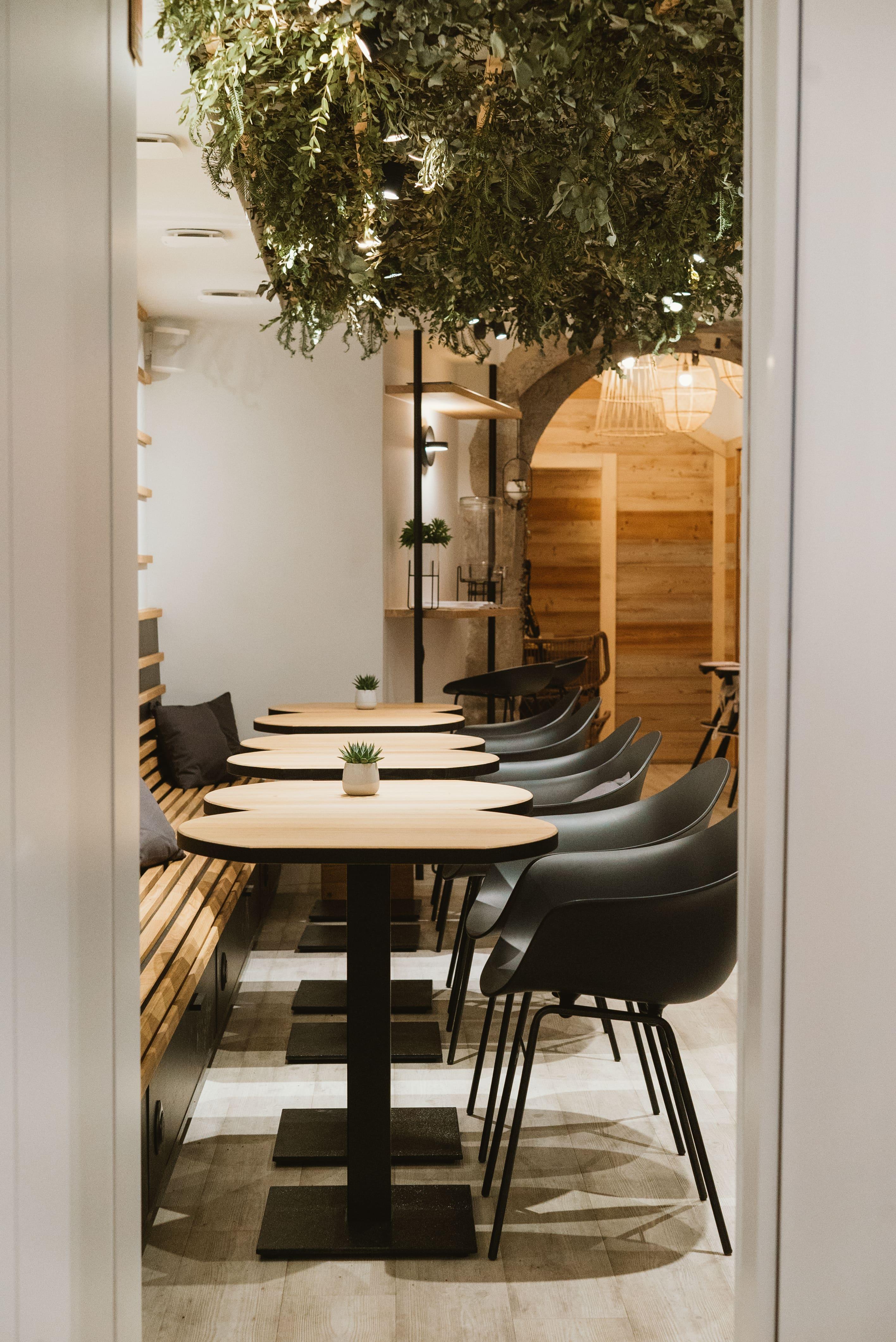 Agencement interieur design métallique ROBI restaurant Haven Annecy 74 agencement en metal 14
