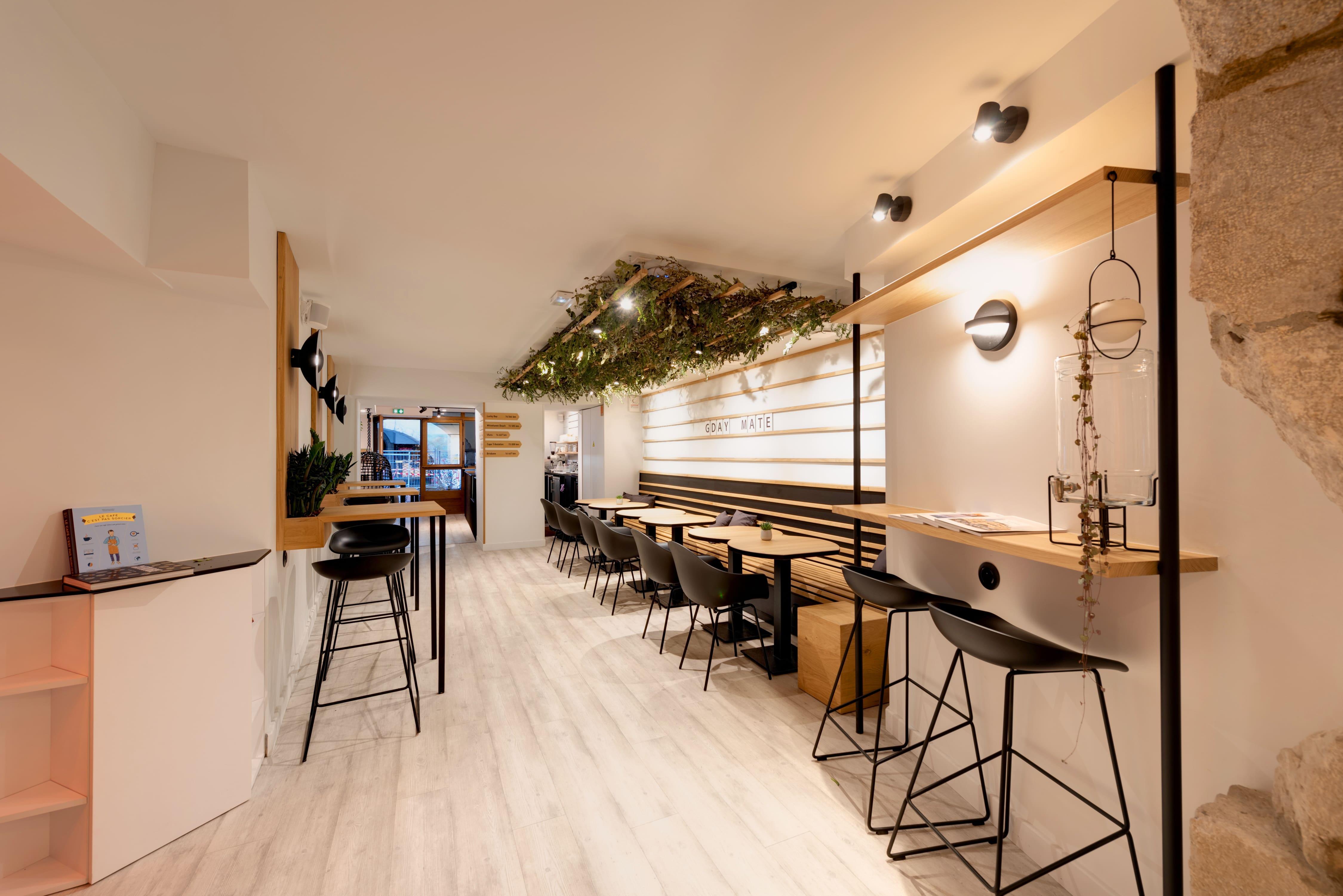 Agencement interieur design métallique ROBI restaurant Haven Annecy 74 agencement en metal 3